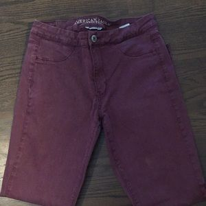 American Eagle super stretch maroon jeans